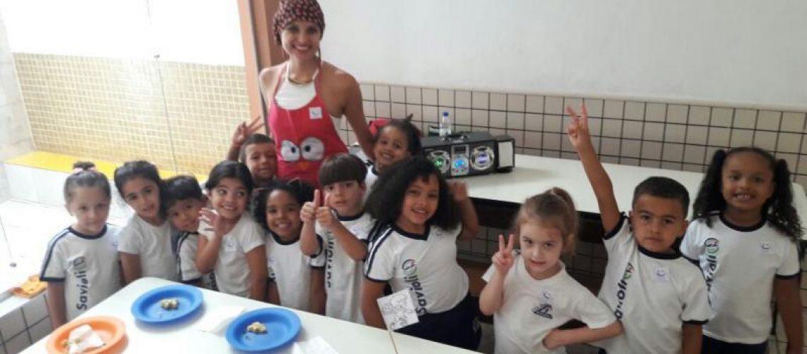 aula-de-culinaria-com-a-nutricionista-daniela-mato-gb-16-8e612